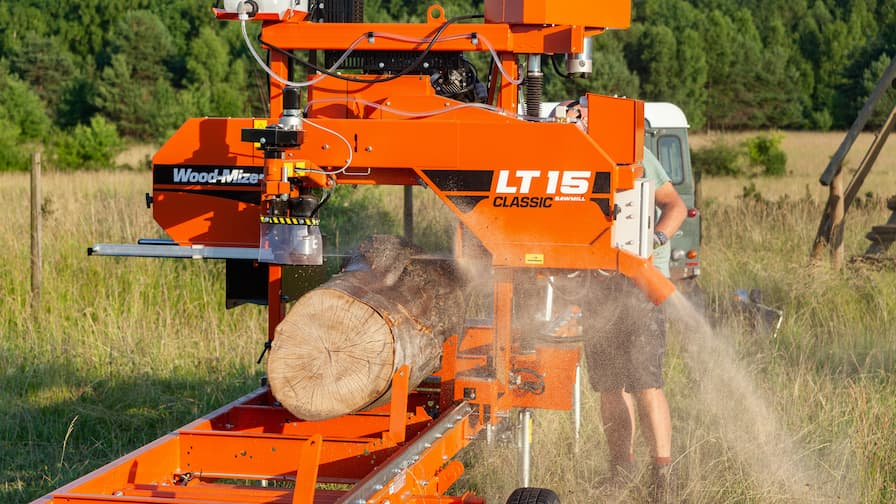 Wood-Mizer LT15CLASSIC Mobile while sawmilling